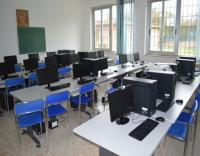 ScuolaSecondariaMontalto_aulaInformatica